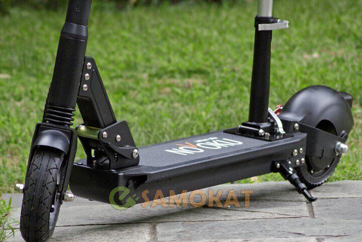 1_novoku_closeup_look_on_electric_kick_scooter.jpg