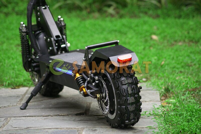 alligator_electric_scooter_elektrosamokat_szadi.jpg