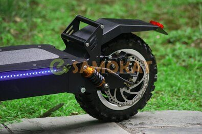 alligator_electric_scooter_elektrosamokat_koleso_zadneye.jpg
